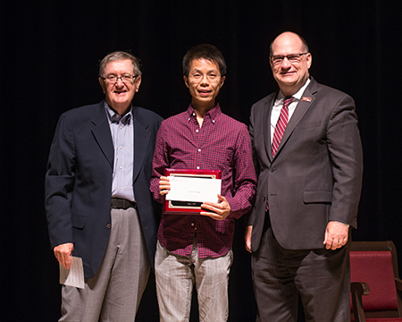 Dr. Wong winning the Schellenberg Award